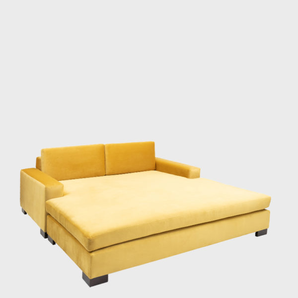 Daybeds & Ottomans